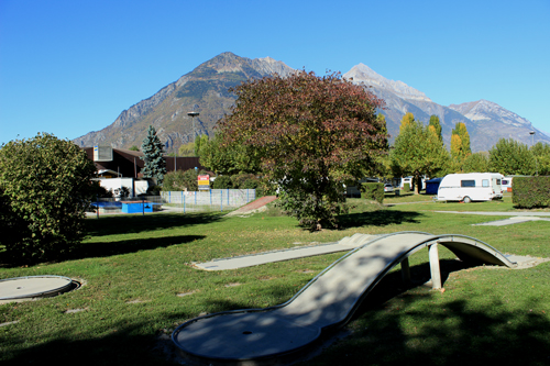 Crazy Golf and Bowling - Martigny