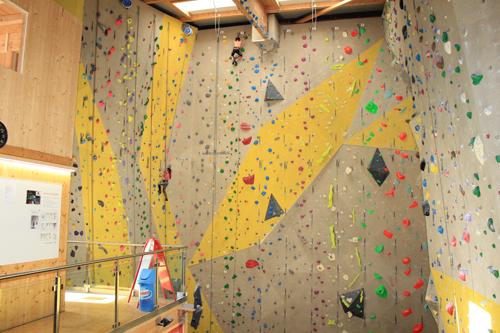 Vertic-Kletterhalle in Saxon