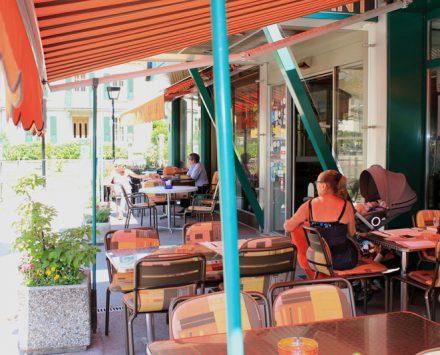 Aussenterrasse Hotel Alpe&sRhone