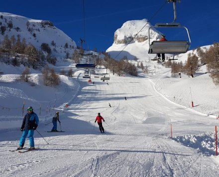 Ovronnaz-fr-winter-Pistes-janvier